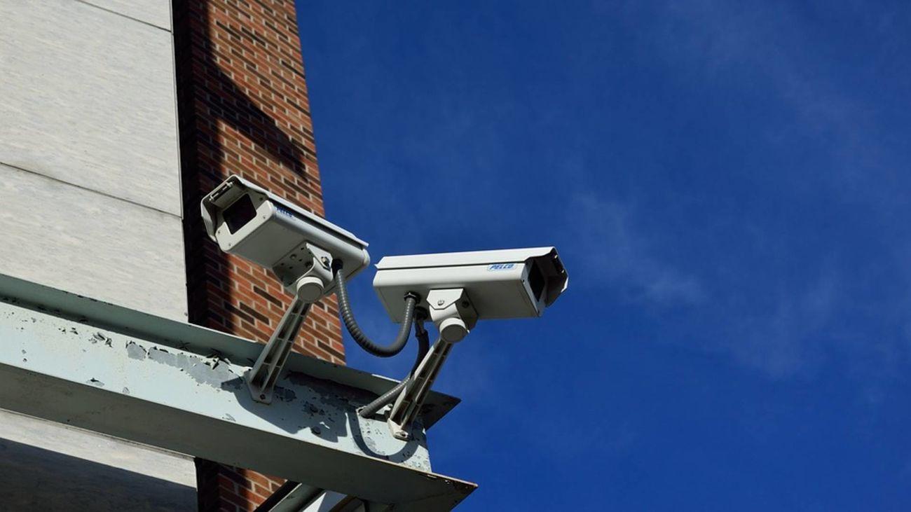 Más de 2.000 cámaras de seguridad nos graban cada día en Madrid