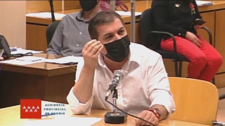 """El Rey del Cachopo al jurado: """"¿Cómo descuartizas a una persona en un piso y no dejas una gota de sangre?"""""""