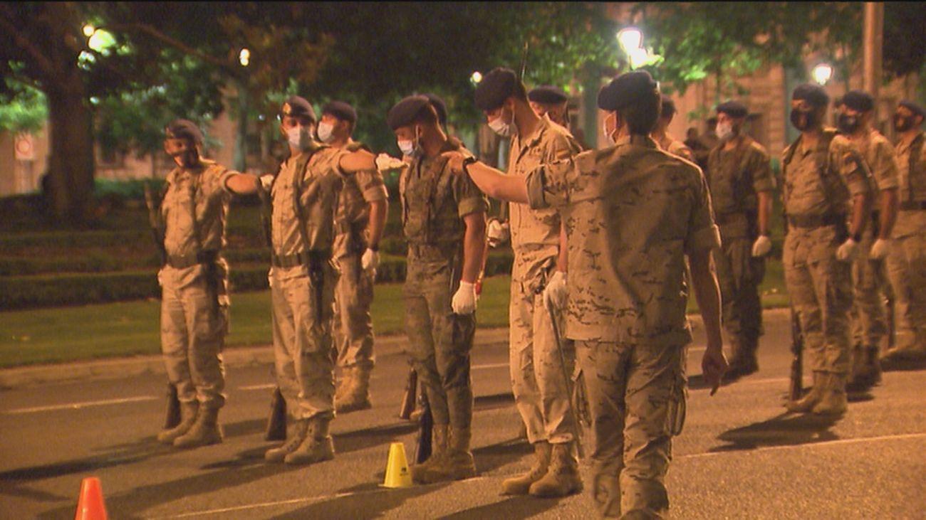 Últimos ensayos en el Paseo de la Castellana para los actos del Día de las Fuerzas Armadas