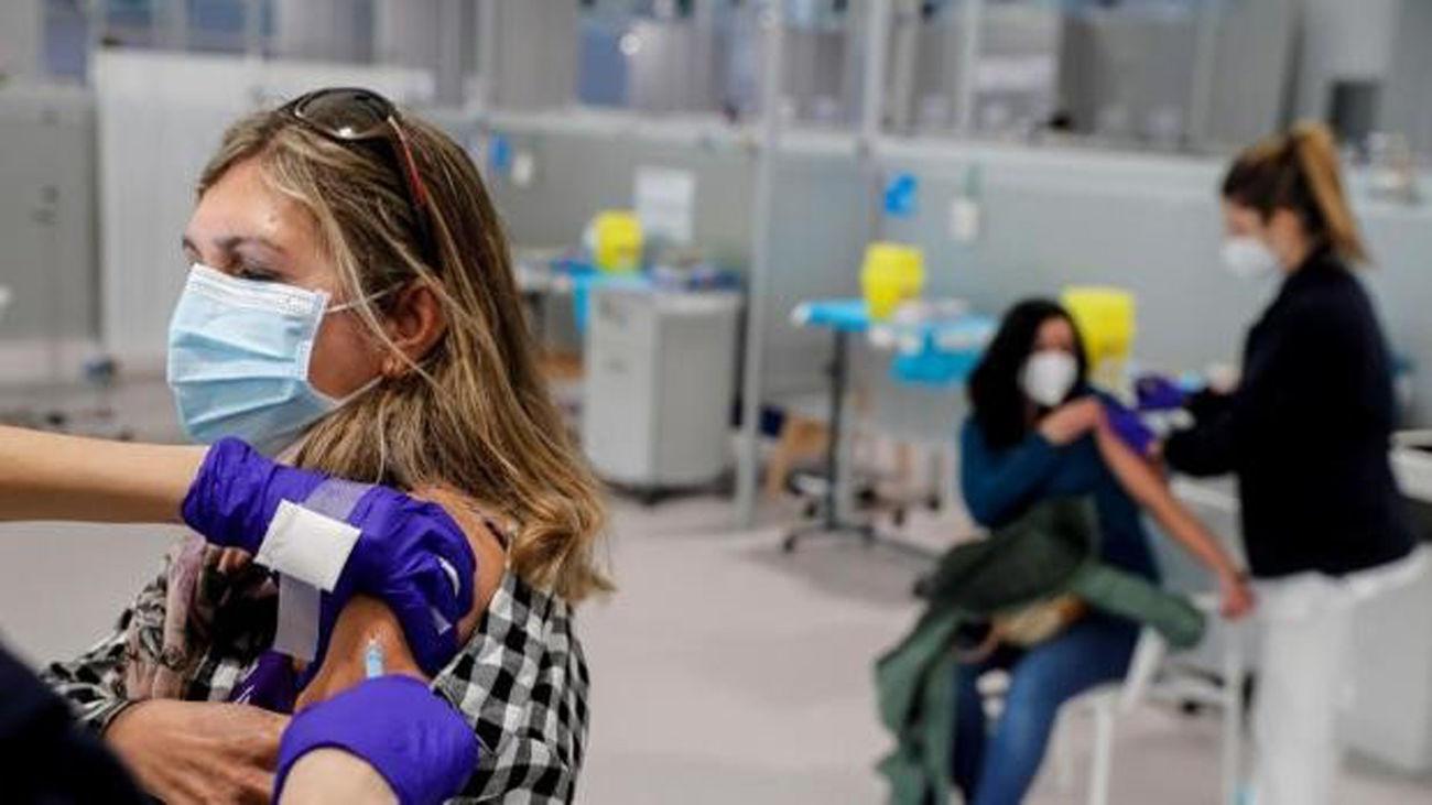 El 92% de los madrileños menores de 60 pide la segunda dosis de AstraZeneca