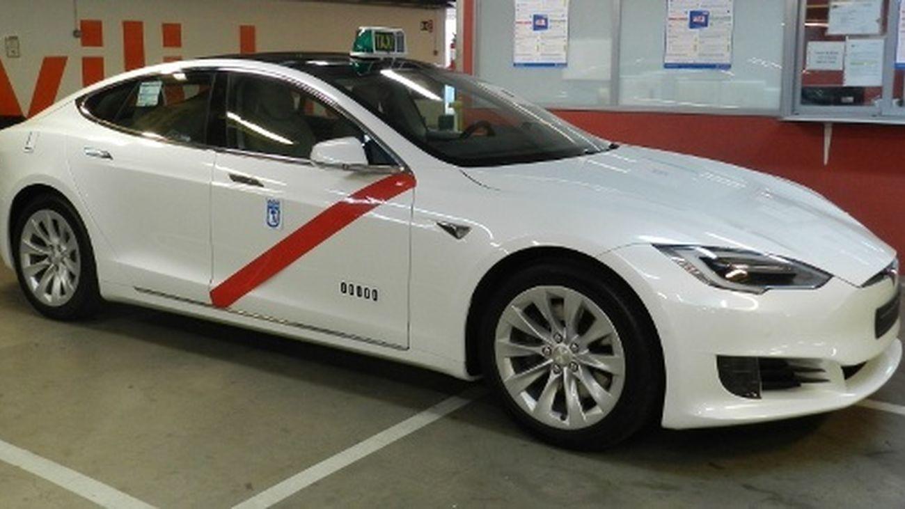 Aprobada la nueva ordenanza del taxi de Madrid que rechaza una parte del sector