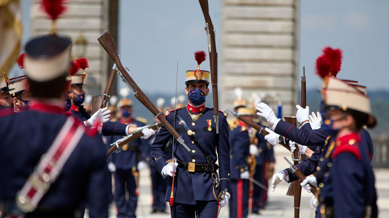 Madrid recupera el cambio de guardia en el Palacio Real