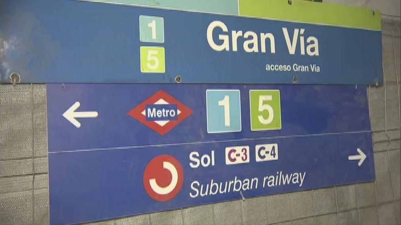 Letrero de la estación de Metro de Gran Vía