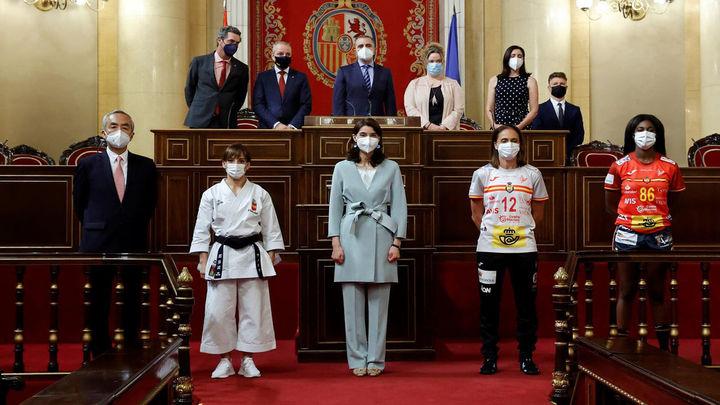 Despedida de atletas olímpicas en el Senado