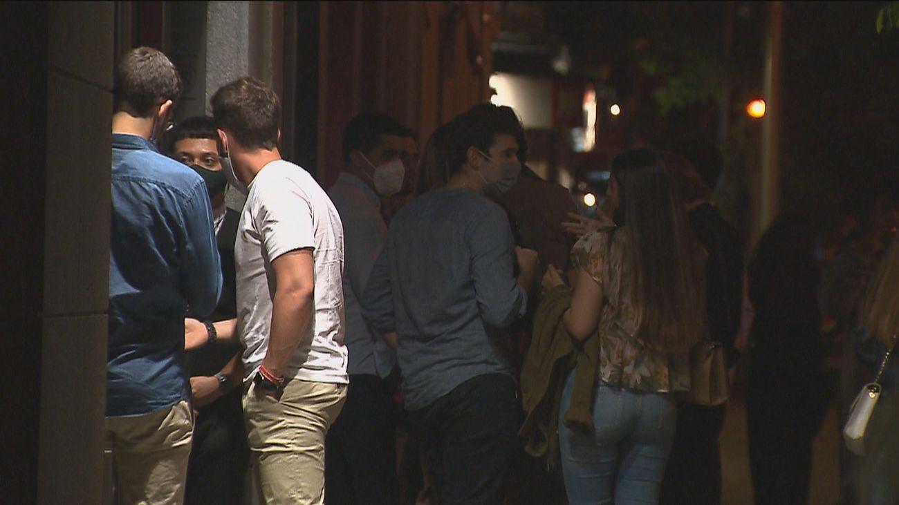 El ruido nocturno regresa a las calles de Madrid con la ampliación de los horarios de las terrazas