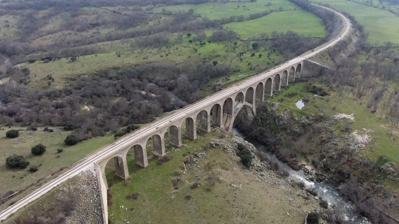 El Puente de Taboada, de vía de tren a lugar de 'puenting'