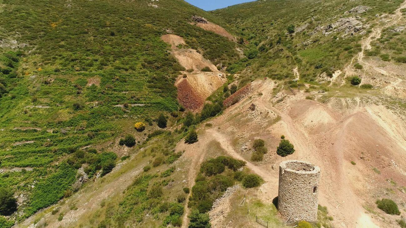 De ruta por la mayor mina de plata de Madrid