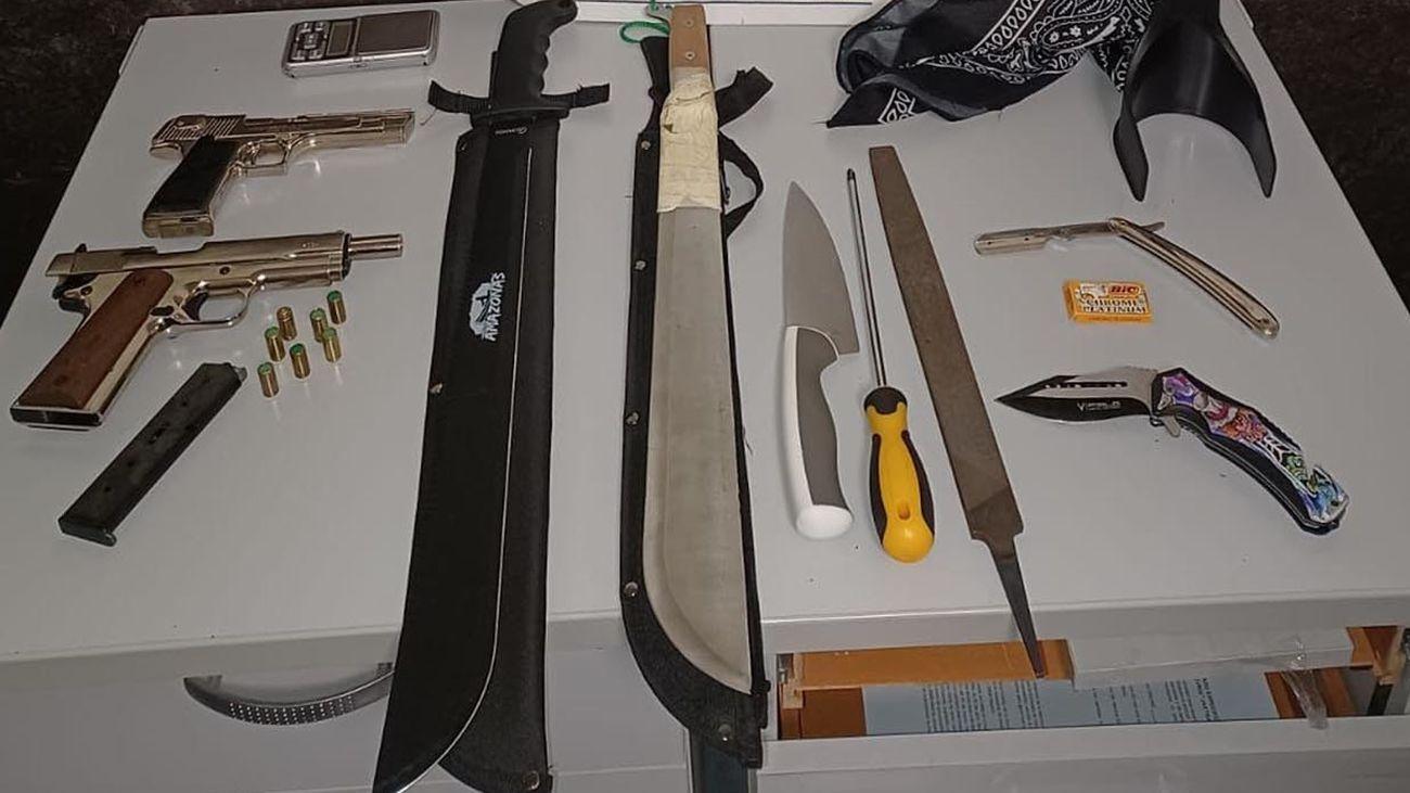 Armas incautadas a los detenidos en Ciudad Lineal