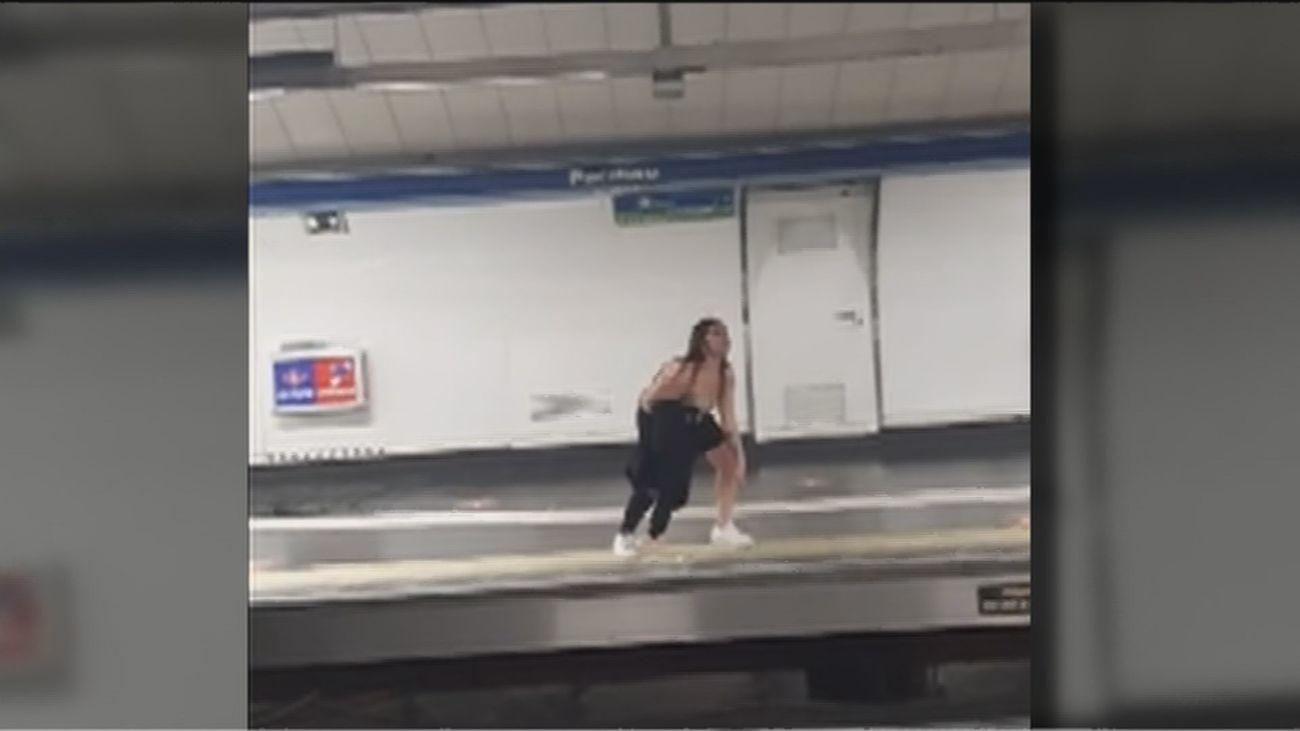 El uso o no de la mascarilla sigue provocando fuertes broncas en el metro de Madrid