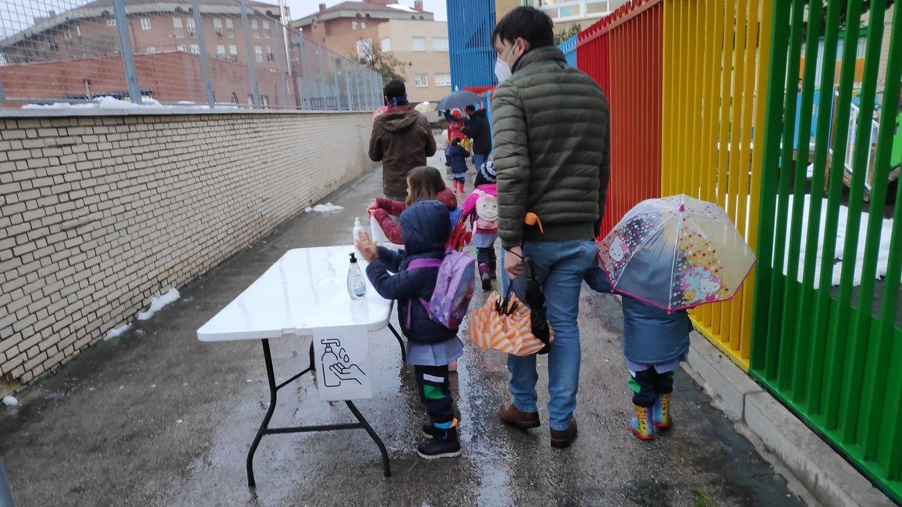 El coronavirus, aulas en cuarentena, Filomena, elecciones... Toca poner nota al curso escolar más difícil en Madrid