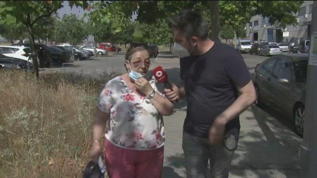 Se destroza la cara en Villaverde al caerse por culpa de unos adoquines levantados