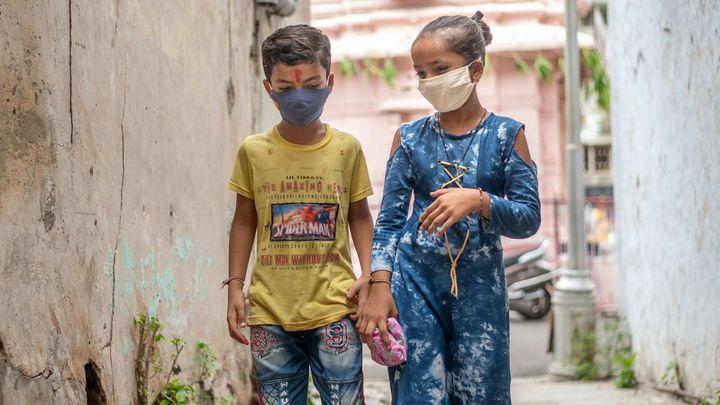 La vacunación de los países pobres, cuestión crucial que examina el G7 para evitar rebrotes