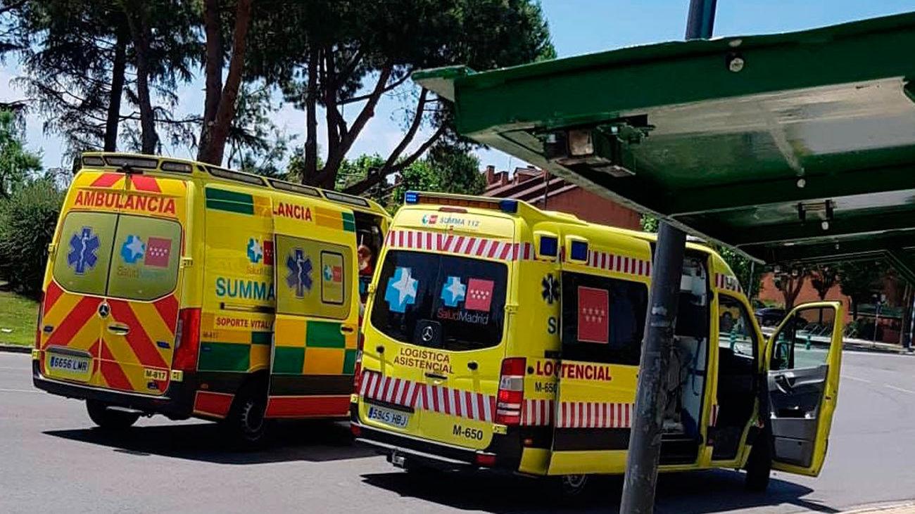 Ambulancias del Summa en el lugar del accidente
