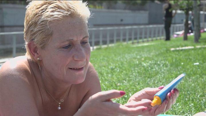 Evitar tomar el sol en las horas centrales, clave contra el cáncer de piel