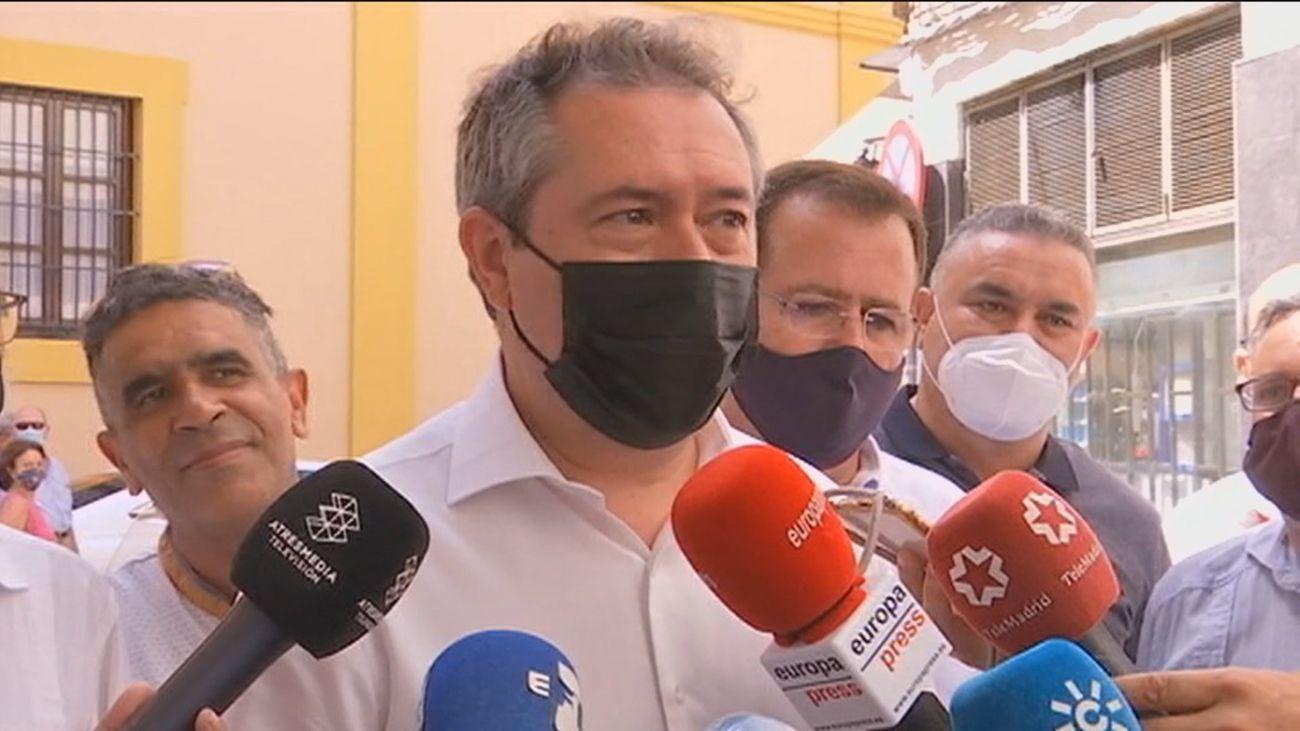 Juan Espadas en la votación de las Primarias del PSOE andaluz