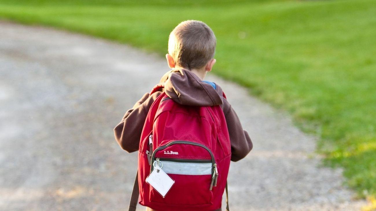 Libros, material escolar, uniformes, … cómo llenar la mochila del cole gastando lo menos posible