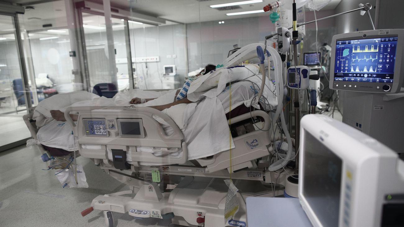 Paciente Covid en una UCI