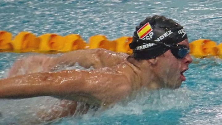 Carlos Hernández, un ejemplar nadador paralímpico