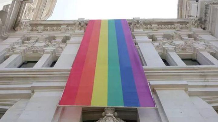 El Palacio de Cibeles se 'teñirá' de arcoíris por el Orgullo