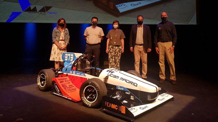 Un equipo de50 estudiantes de la Universidad Carlos III diseñado y fabrica desde cero un monoplaza de competición