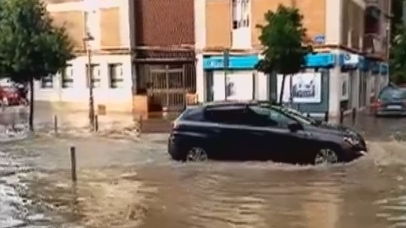 Móstoles se recupera de las inundaciones tras la fuerte tormenta