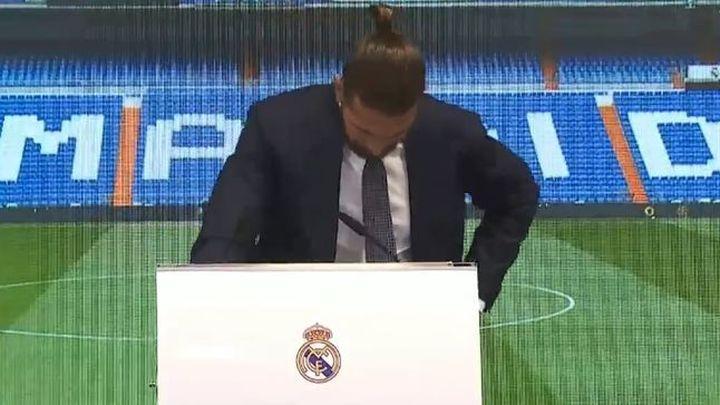 Sergio Ramos rompe a llorar en su despedida