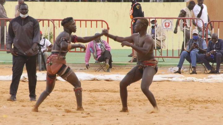 La lucha senegalesa, el deporte nacional de Senegal
