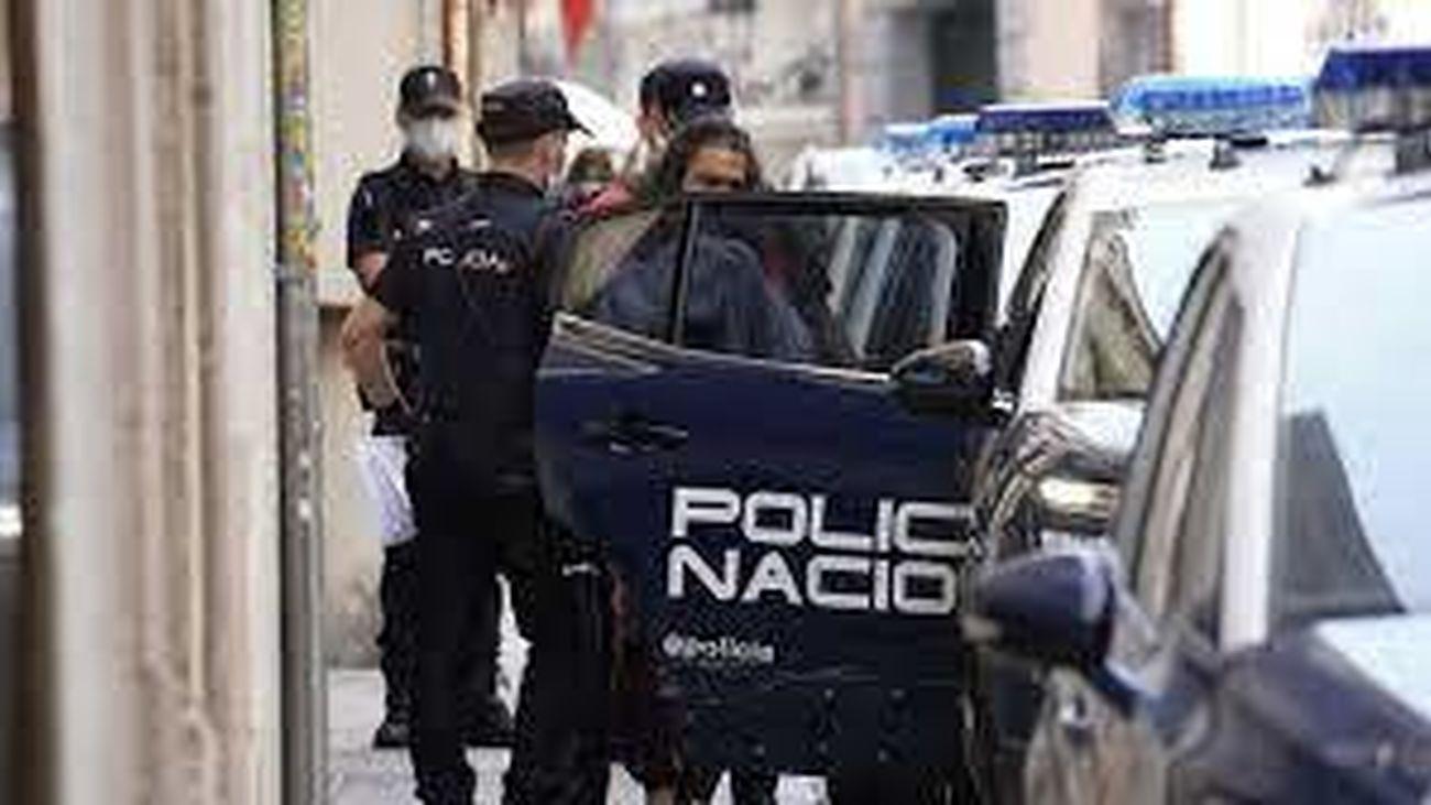 Momento del arresto de Diego el Cigala en un hotel de Madrid el 9 de junio