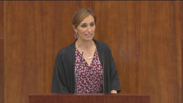 """Mónica García anuncia una """"oposición férrea"""" a Ayuso: """"Si piensa en una legislatura de rodillo y seda, váyase olvidando"""""""
