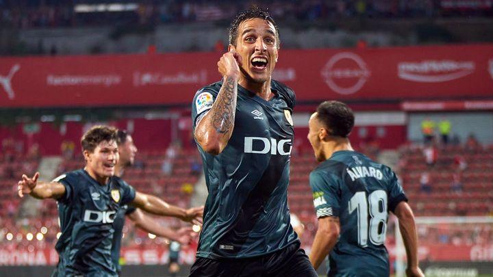 0-2. El Rayo Vallecano vuelve a Primera tras una remontada histórica al Girona