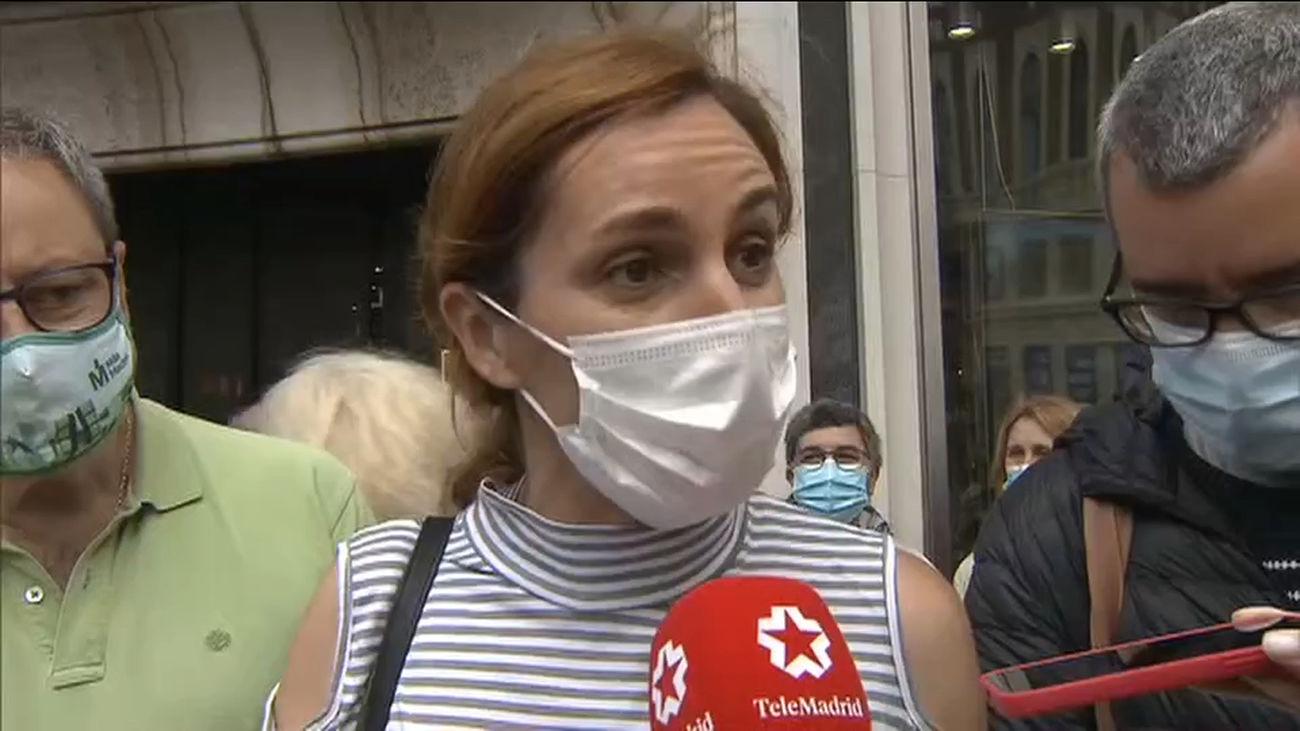 La izquierda  se suma a la Marea Blanca para protestar contra el cierre de 41 centros de salud