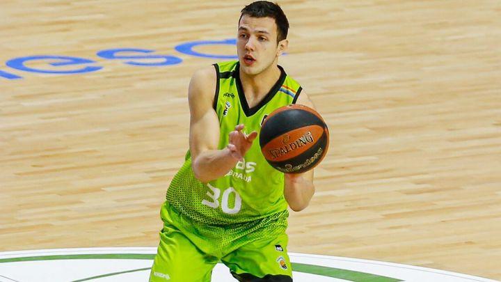El Fuenlabrada renueva al base serbio Jovan Novak