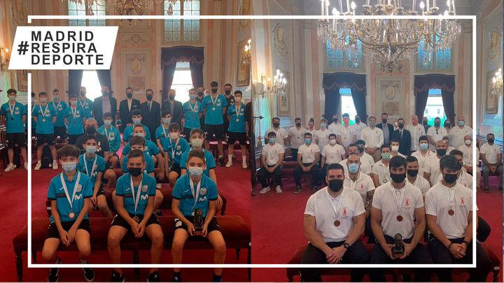 El Ayuntamiento de Alcalá recibe a Movistar Inter y Rugby Alcalá tras sus excelentes temporadas