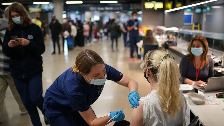 Más Autocita, turno para personas de 30-39 años... Este es el plan de vacunación en Madrid para acabar junio