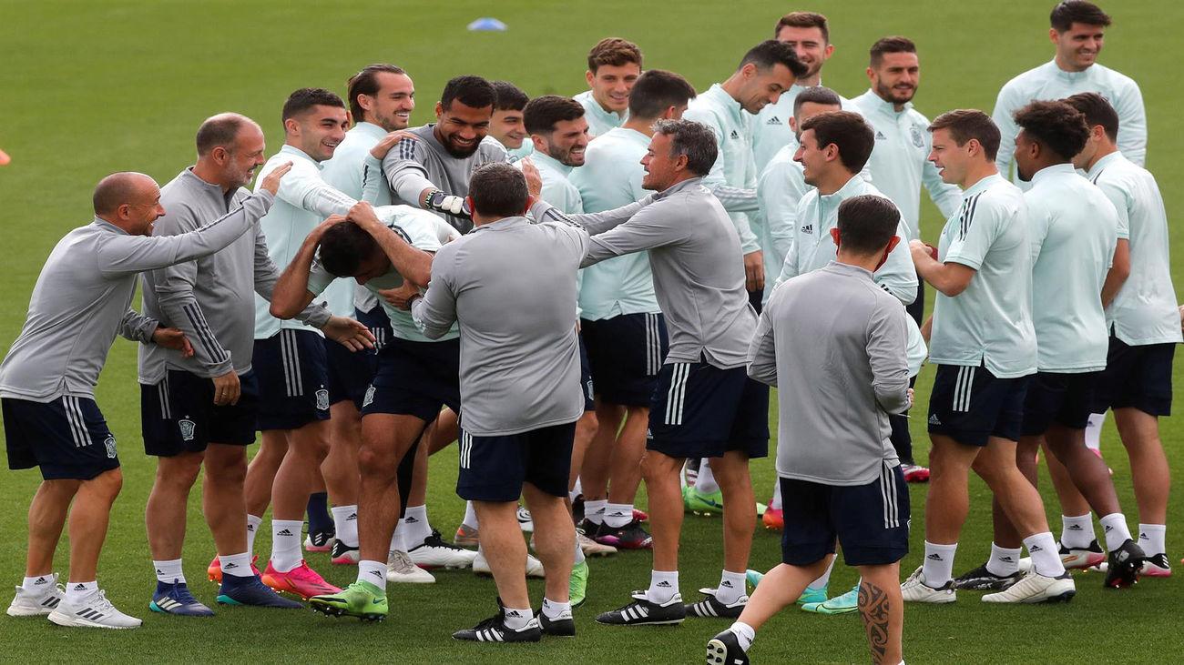 España cierra la preparación de la 'final' ante Eslovaquia