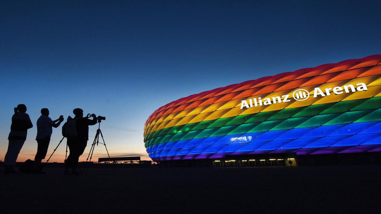 Reacciones contra el veto de la UEFA a la iluminación arcoiris del Allianz Arena