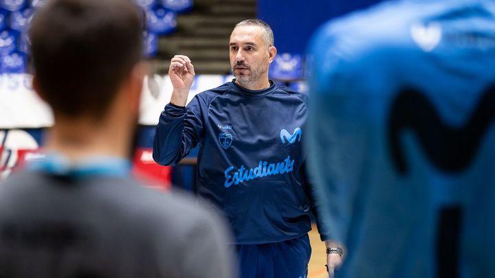 """Cuspinera renueva con Estudiantes: """"Tenemos que volver a ACB"""""""