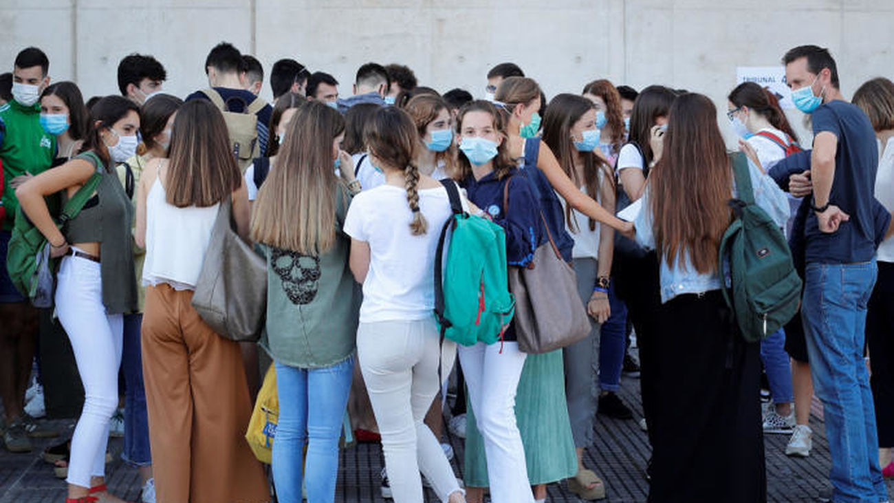 El brote Covid con 245 alumnos de Madrid afectará en la incidencia acumulada