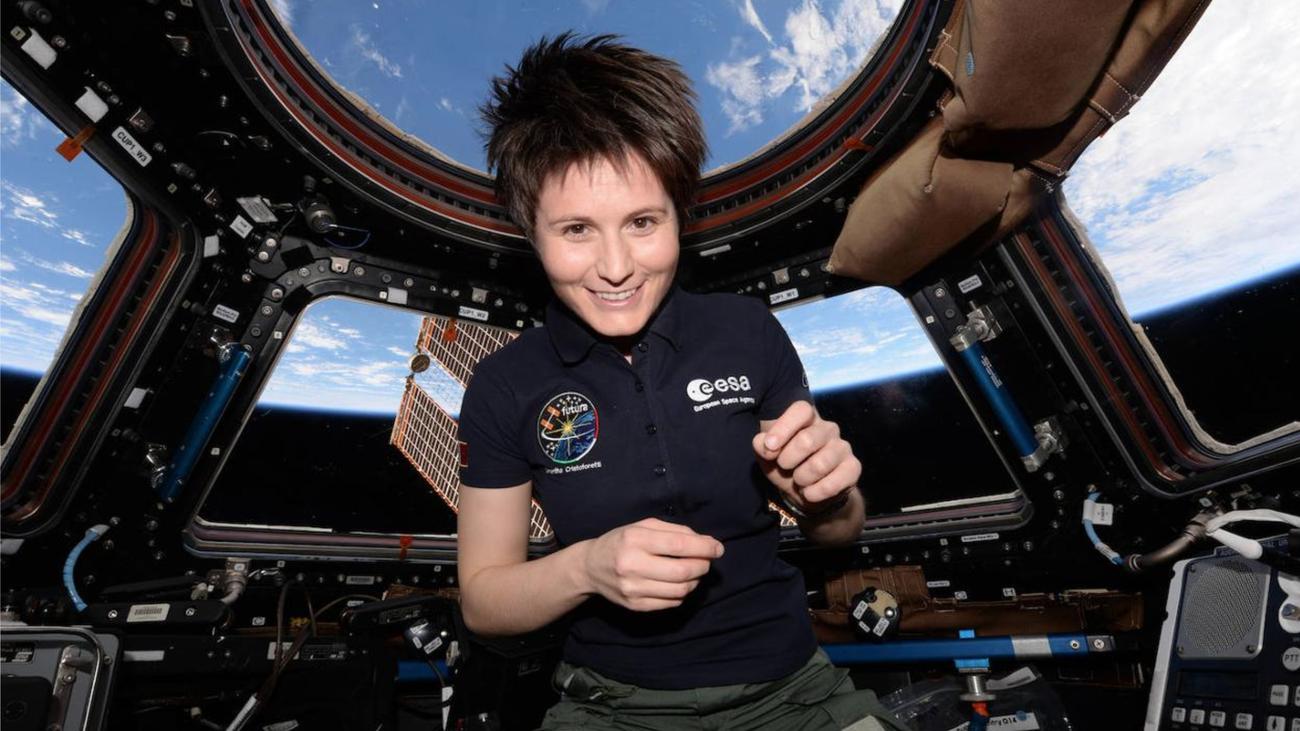 Samantha Cristoforetti, única mujer de la última promoción de astronauta de la ESA, en la estación espacial internacional