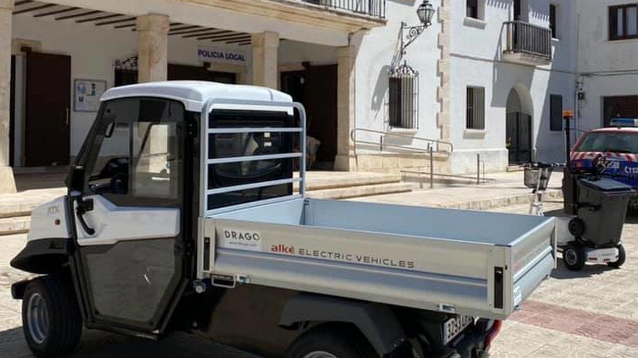 Un pequeño camión en Titulcia