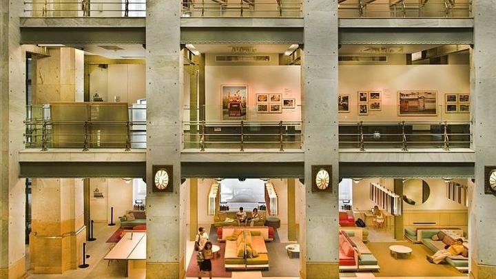 CentroCentro abre con los fondos del Museo de Arte Contemporáneo y el Madrid literario de los años 20
