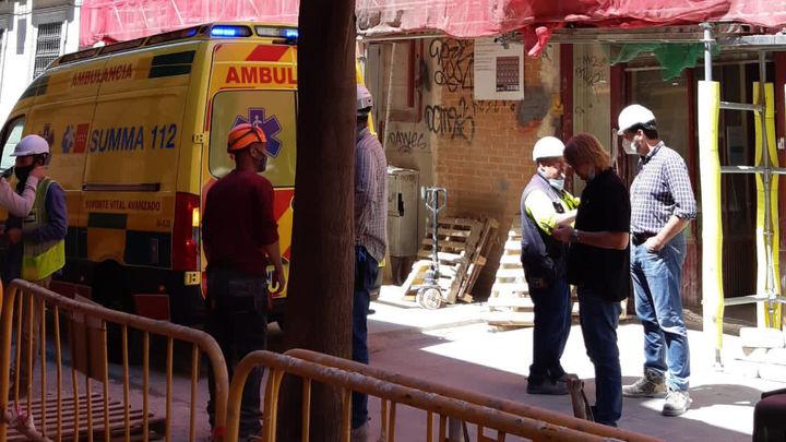 Herido al sufrir un corte en la muñeca con una radial en las obras de un edificio en Callao