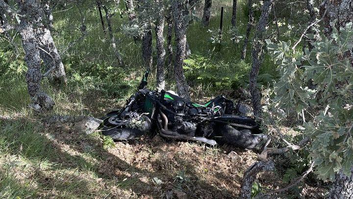 Un motorista, grave tras caer por un barranco en Miraflores de la Sierra
