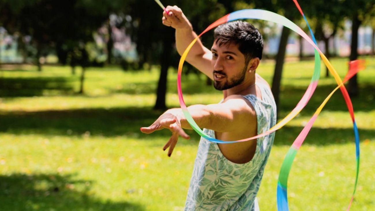 El tejido asociativo y el vecindario arropan al Orgullo LGTBIAQ+ de Vallecas