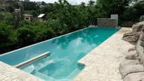 Una espectacular infinity pool para contemplar La Pedriza