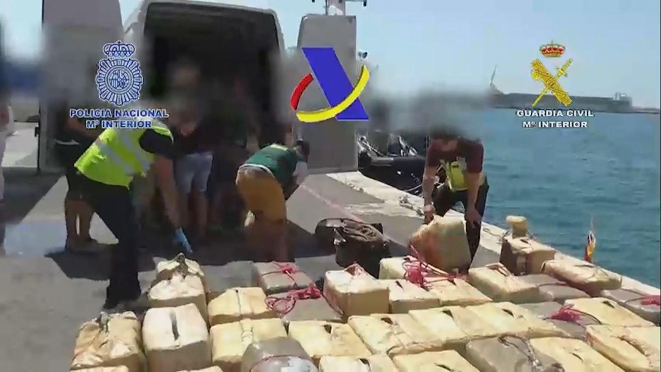 : Desarticulada una organización criminal que iba  a distribuir 12 toneladas de hachís en narcolanchas