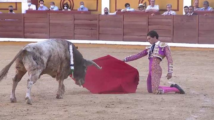 Ferrera, De Justo y Ginés triunfan con una brava corrida de Victoriano del Río en Badajoz (2ª parte)