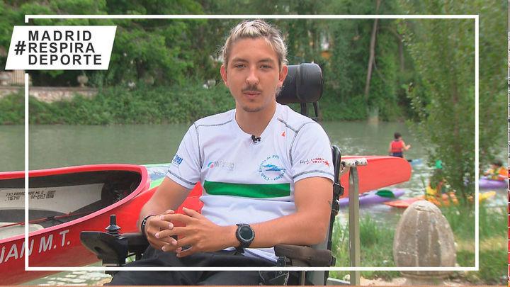 La historia de superación de Adrián,  de la silla de ruedas a la canoa