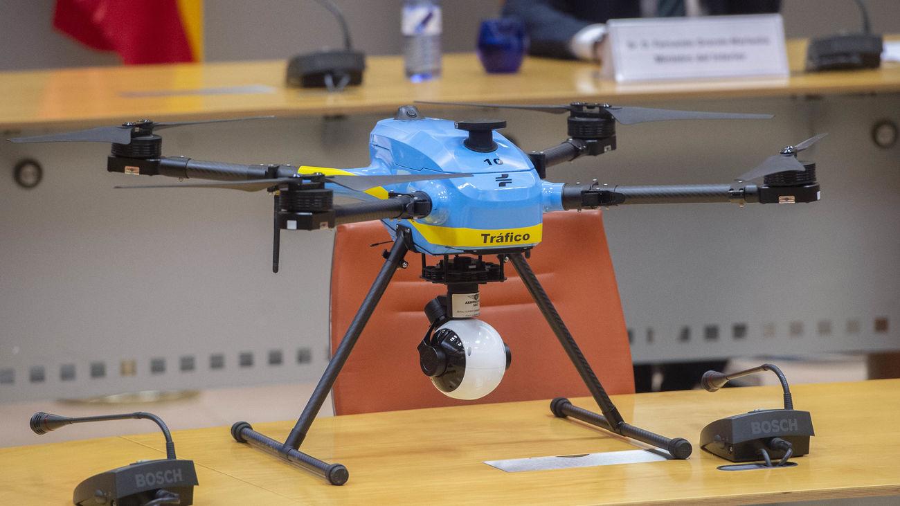Dron para vigilancia en carreteras