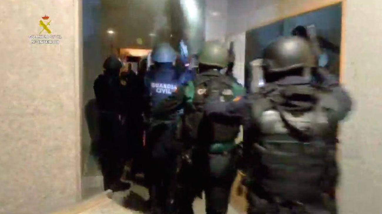 La Guardia Civil ha desarticulado una peligrosa banda de traficantes en la 'Operación Volcado'